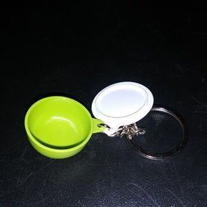 3 for $15 ⚡ Tupperware keychain